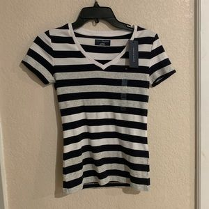 NWT Tommy Hilfiger Wide Striped T Shirt